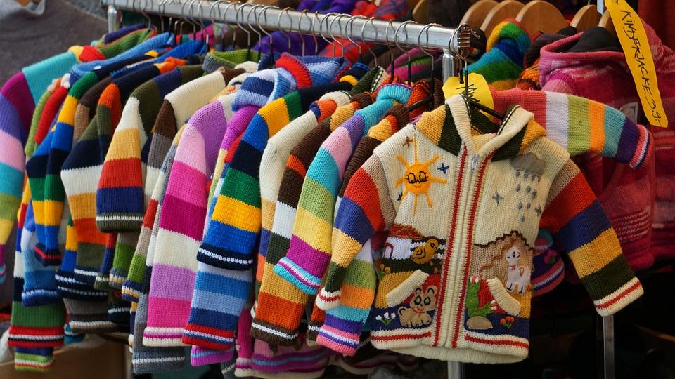 沢山の子供服